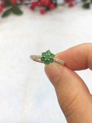 green jade cabochons ring