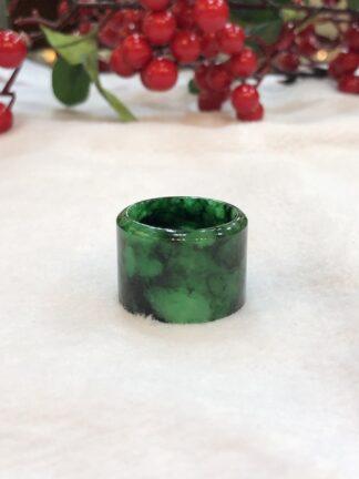 green jade thumb ring