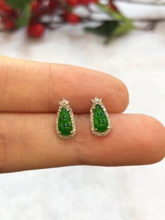 green jade pea earrings
